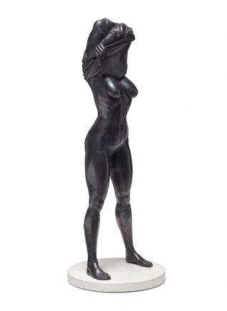 Undress I, 2016, Bronze, 85 x 33 cm
