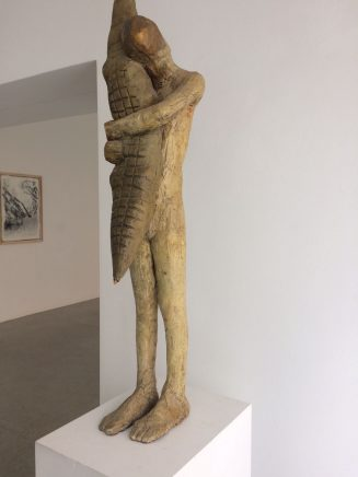 Ulf Puder, Quietscheentchen, 1990, Holz bemalt, 93 cm