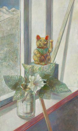 Ulrich Hachulla, Stilleben mit Winkekatze, 2008, Mischtechnik auf Hartfaser, 80 x 45 cm