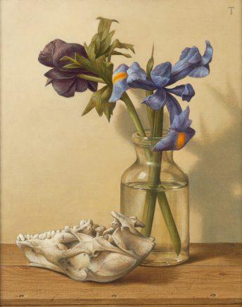 Michael Triegel, Stilleben mit Iris, 2015, Mischtechnik auf Maltafel, 30 x 24,5 cm